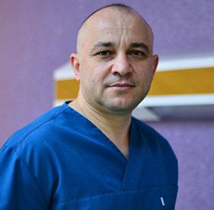 Врач-андролог Намик Исмаилов