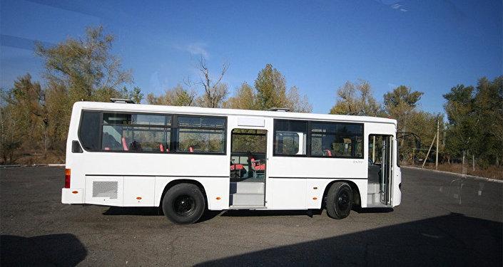 Автобус марки Daewoo, фото из архива