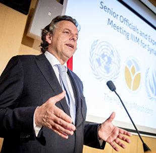 Hollandiya xarici işlər naziri Bert Kunders