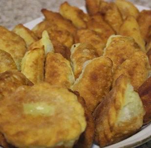 Праздничные сладости: шекербура по-загатальски