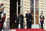 Президент Алиев встретился с главой Нацассамблеи Франции