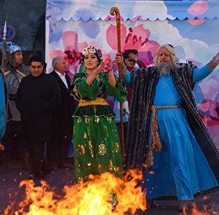 Праздничный концерт в преддверии Новруз Байрамы около Гоша Гала гапысы