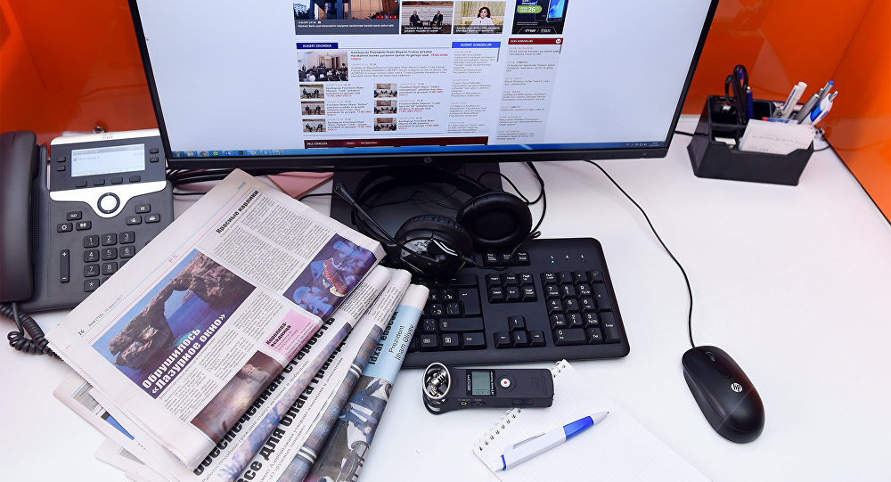 Рабочее место редактора, фото из архива