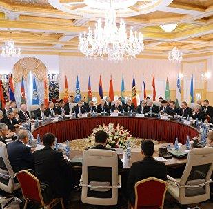 Министр иностранных дел РФ С. Лавров принял участие в встрече глав МИД СНГ