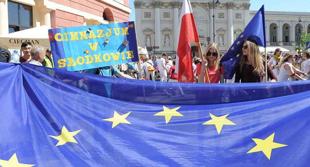 ЕлизаветаII одобрила Brexit, руководство может начать процедуру выхода из европейского союза