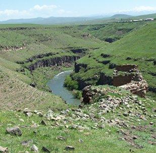 Река Арпа на границу Турции и Армении, фото из архива