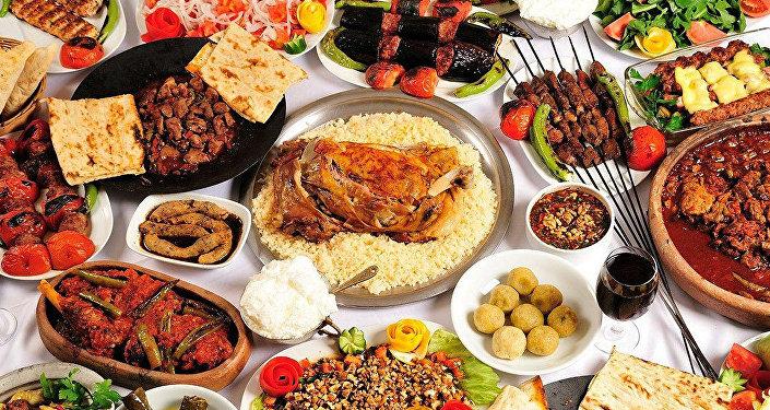 Национальные блюда, фото из архива