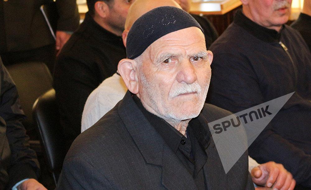 82 yaşlı Səməd Qasımov