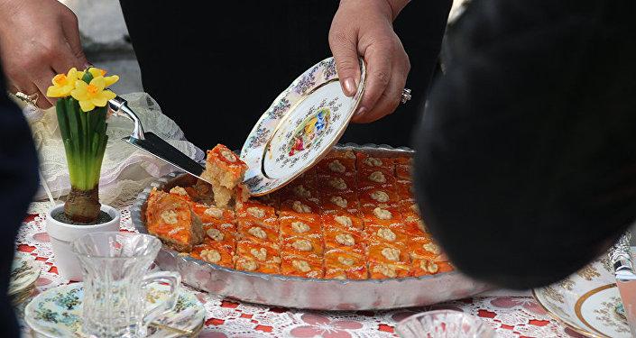 После официальной части мероприятия гости приняли участие в праздновании Новруз