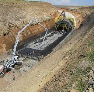Строительство железной дороги Баку-Тбилиси-Карс, фото из архива