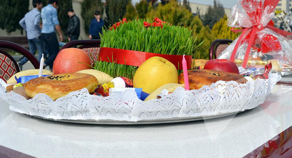 Традиционная праздничная сервировка на Новруз байрамы