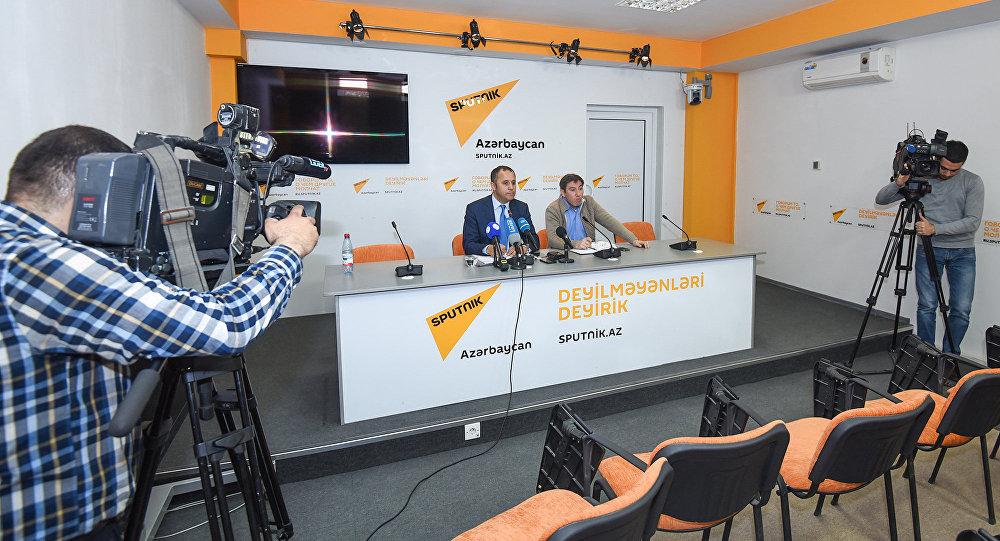 Видеомост в международном мультимедийном пресс-центре Sputnik Азербайджан, архивное фото
