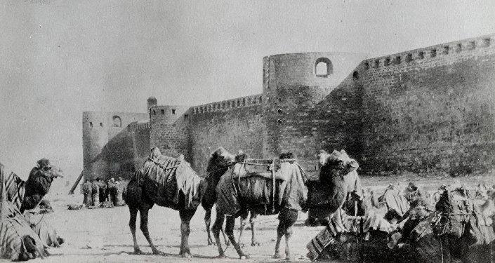 Крепостные стены в Баку