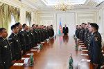 Ильхам Алиев встретился с группой военнослужащих в связи с годовщиной апрельских побед Азербайджанской армии