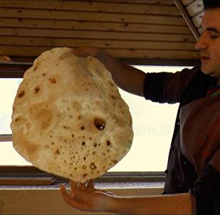 Ənənəvi Azərbaycan lavaşının hazırlanma qaydası