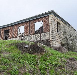 Брошенный дом в селе Чыраглы, фото из архива