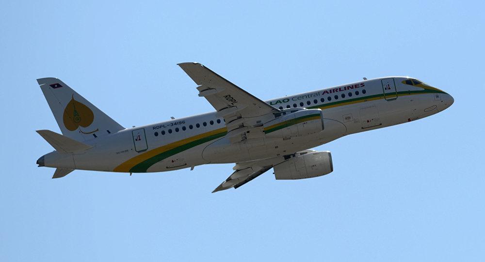 Российская Федерация хочет реализовать Ирану 100 самолетов Sukhoi Superjet