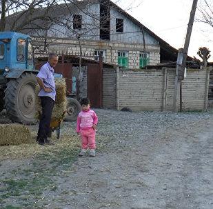 Atəş xətti: azərbaycanlılar güllə yağışı altında necə yaşayırlar