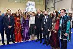 Президент Ильхам Алиев ознакомился с XVI Азербайджанской международной выставкой Туризм и путешествия AITF-2017