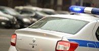 Полицейский автомобиль на Манежной площади Москвы
