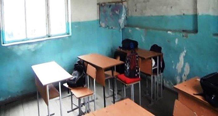 Qəbələnin Mamaylı kənd məktəbinin sinif otağı