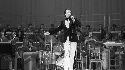 Советский оперный и эстрадный певец народный артист СССР Муслим Магометович Магомаев, фото из архива
