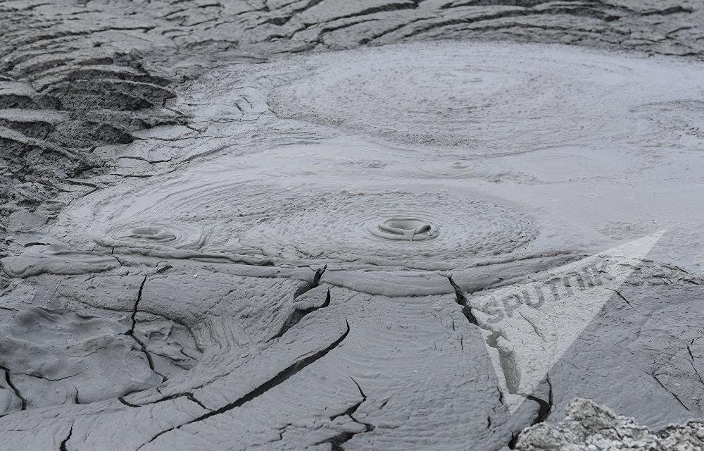 Abşeron ərazisində palçıq vulkanı