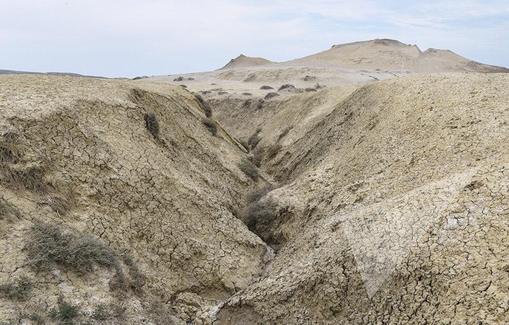 Palçıq vulkanların bu ərazilərin relyefinə də ciddi təsir göstərib