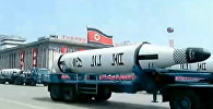 Истребители, танки и баллистические ракеты - на военном параде в Северной Корее