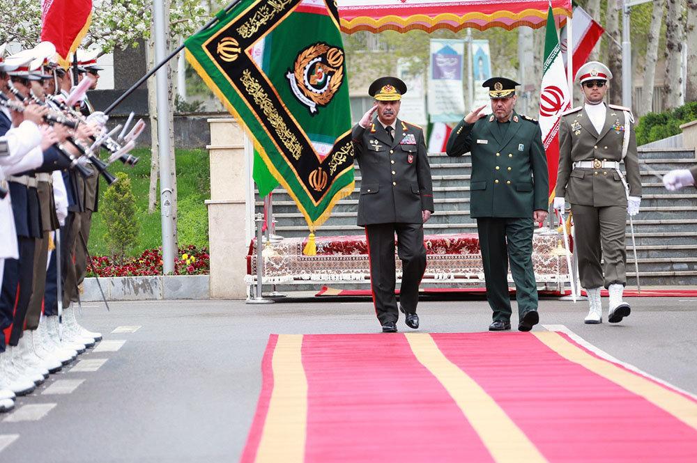 Визит министра обороны Азербайджана Закира Гасанова в Иран