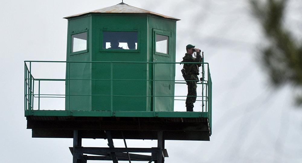 Пограничная вышка наблюдения, фото из архива