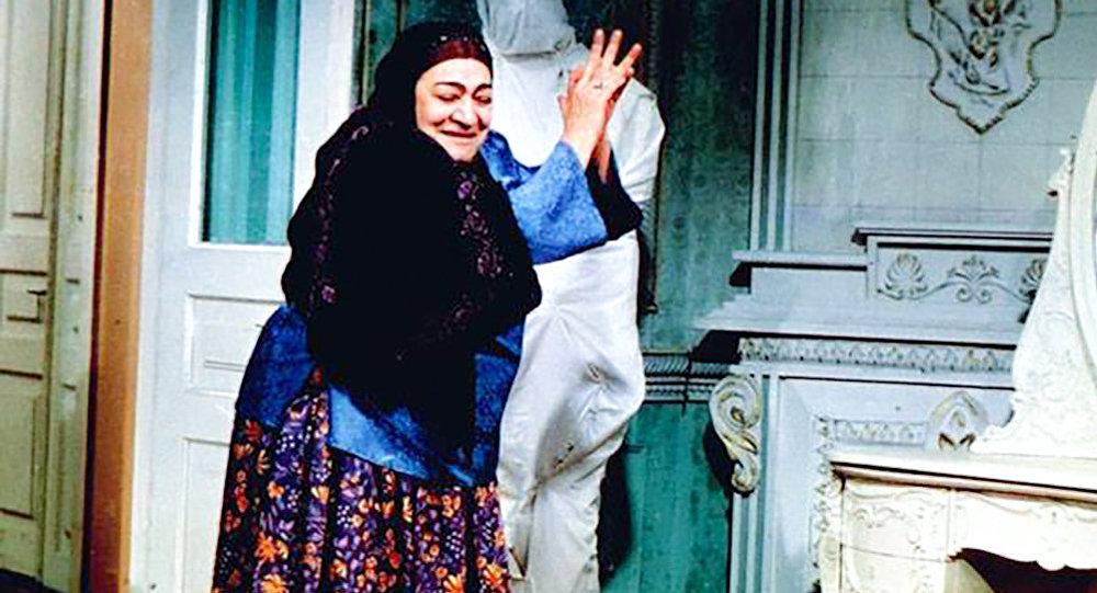 Qaynana filmindən fragment, arxiv şəkli