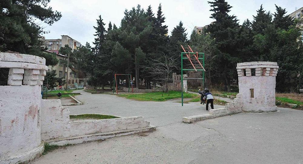 Парк шехидов в Хатаинском районе Баку, фото из архива