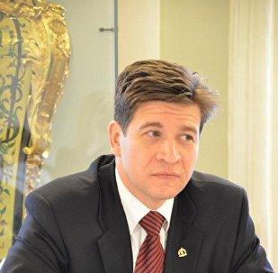 Владимир Колотов