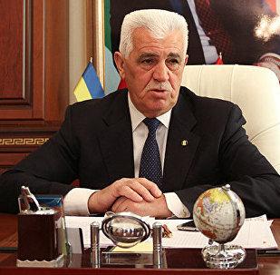 Rektor Akif Süleymanov
