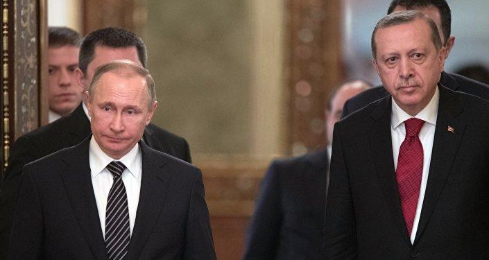 Президент РФ Владимир Путин и президент Турции Реджеп Тайип Эрдоган, 10 марта 2017 года