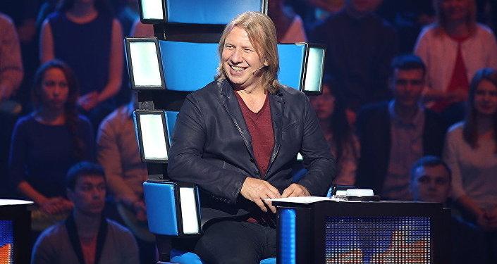 Член жюри международного детского вокального конкурса Ты супер! — заслуженный артист России Виктор Дробыш