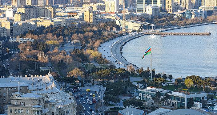 Вид на Бакинскую бухту, фото из архива