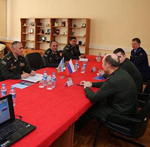 В Военной Академии ВС АР состоялась рабочая встреча между специалистами Азербайджана и России по химической, биологической и радиологической защите