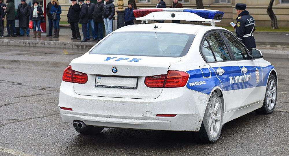 Yol-patrul xidmətinin avtomobili, arxiv şəkli
