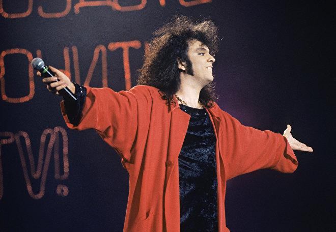 Филипп Киркоров в 1995 году