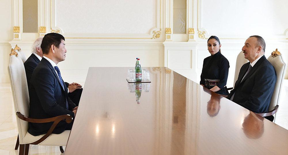 İlham Əliyev Beynəlxalq Gimnastika Federasiyasının prezidentini və baş katibini qəbul edib