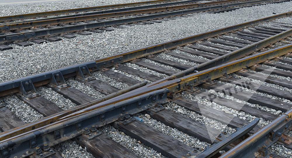 Железнодорожные рельсы, фото из архива