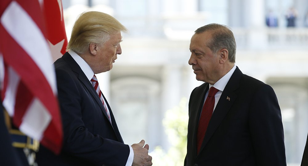 Президент Турции Реджеп Тайип Эрдоган и президент США Дональд Трамп, фото из архива