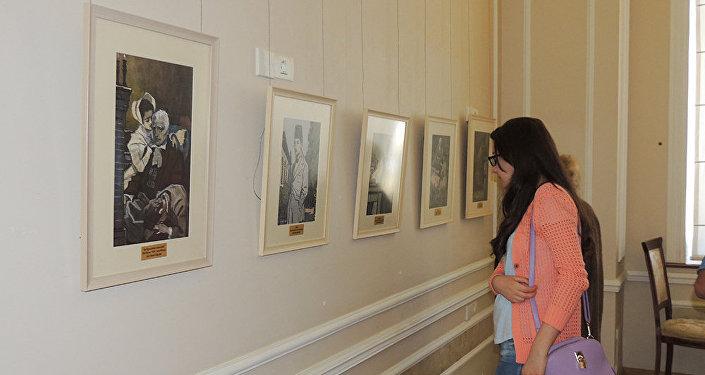 Выставка привлекла внимание молодежи