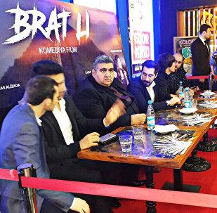 Brat Li bədii filminin imza günü