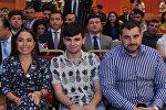 Вице-президент Фонда Гейдара Алиева Лейла Алиева среди участников перезентации