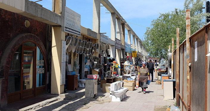 Снос на рынке Şərq bazar в Сумгайыте