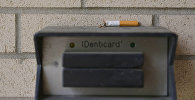 Выкуренная наполовину сигарета, фото из архива
