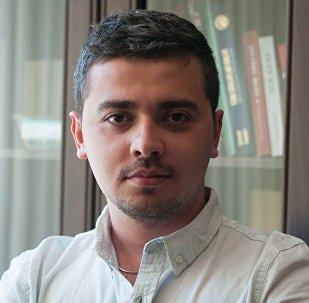 Редактор сайта Minval.az Эмиль Мустафазаде